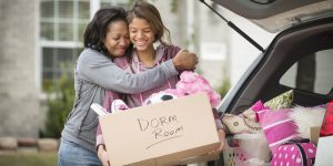 MOVING TO COLLEGE moving solutions help with moving
