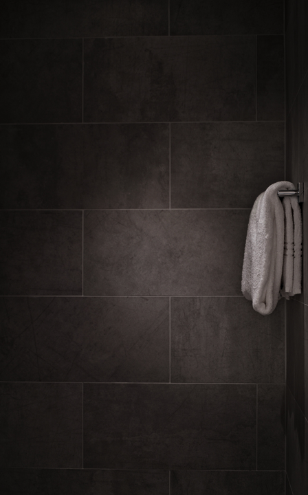selling your home - use fluffy white towels to give a spa like feel