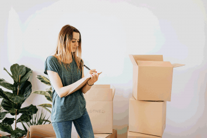 Moving checklist, 5 benefits of using portable storage